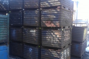 Steel Corrugated Bin 33 x 47 x 30 item 300